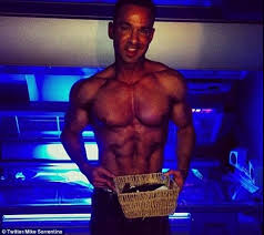 Hidden Camera Tanning Bed Jersey Shore U0027s Mike U0027the Situation U0027 Sorrentino Loses Tanning Salon