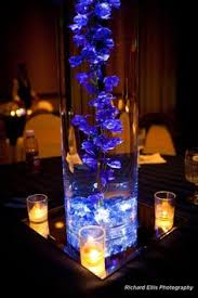 Lights In Vase This Is Really Pretty For Inside The Vase Uplit Submergeable