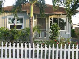 Plantation Style House by Charming Vintage Hawaiiana Home Steps From Vrbo