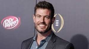 jesse palmer new haircut espn s jesse palmer sounds off on new college football season qbs