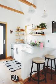 i love the light in the kitchen pops of color and contrasting