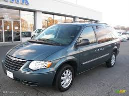magnesium pearl 2006 chrysler town u0026 country touring exterior