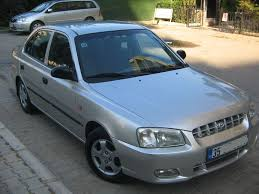 hyundai accent 2000 model hyundai accent 1 5 2010 auto images and specification