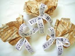 themed wedding favors with sheet ribbon keywords