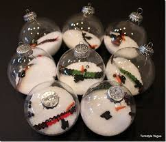 39 ways to decorate a glass ornament