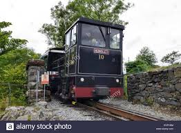 snowdon mountain railway engine hunslet descending to the station