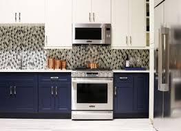 Signature Kitchen Cabinets Signature Kitchen Suite U0027s Modern Pavilion Shines At Kbis Dwell