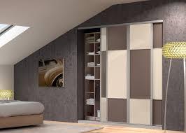 placard de chambre en bois placard pour cuisine photo rideau coulissant pour placard cuisine