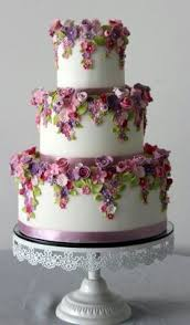 www cakecoachonline com sharing flower laden 3 tiered wedding