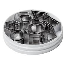 Halloween Cake Tins by Amazon Com Small Pastry Molds Home U0026 Kitchen Baking Molds Mini