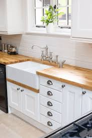 solid wood kitchen cabinet this beautiful oak kitchen from solid wood kitchen cabinets features