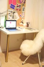 bureau customisé diy 18 déco un bureau customisé avec des pieds or bureau