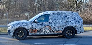 2018 bmw x7 spied photos 1 of 3