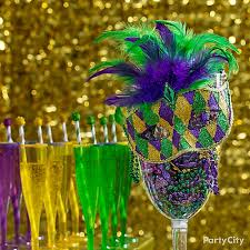 masks table accent idea mardi gras king cake u0026 cocktails ideas