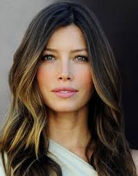 does hair look like ombre when highlights growing out ombre hair color only pieces of the bottom are colored not