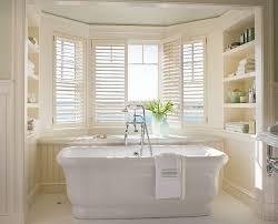 Bathrooms With Freestanding Tubs Best 25 Built In Bathtub Ideas On Pinterest Restroom Ideas