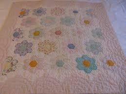 flower garden quilt pattern grandmothers flower garden quilt is finished gretchen u0027s little