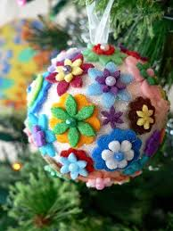 Flower Decorations For Christmas Tree by Top 40 Christmas Art And Craft Ideas For The Kids Christmas