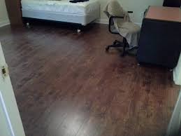 Laminate Floor Bedroom Laminate Wood And Ceramic And Porcelain Tile Flooring