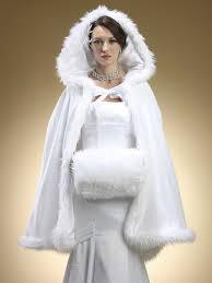 cape mariage 2017 de mariage d hiver manteau cape à capuchon faite avec fausse