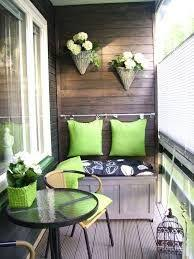 Small Outdoor Patio Ideas by Best 25 Small Patio Decorating Ideas On Pinterest Cinder Blocks