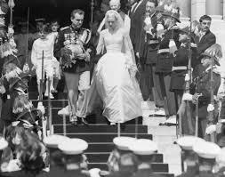 wedding dress miranda kerr miranda kerr reveals stunning couture wedding gown