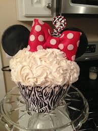 Easy Giant Cupcake Decorating Ideas 98 Best Giant Cupcakes Images On Pinterest Giant Cupcake Cakes