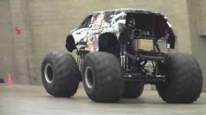 monster truck show long island monster trucks at fort wayne coliseum 00075 mts youtube