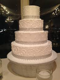 wedding cakes with bling white wedding cake with bling a sweet design