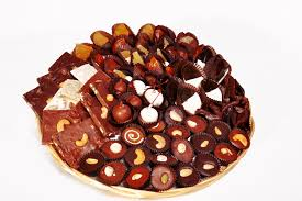 fruit and nut baskets glace fruits and nuts baskets platters