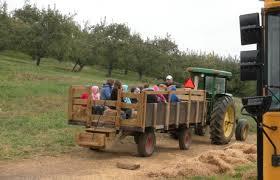 Apple Barn Troutville Va Field Trips Daleville Va Ikenberry Orchards