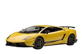 lamborghini gallardo superleggera yellow f s autoart lamborghini gallardo lp570 4 superleggera yellow 1 18