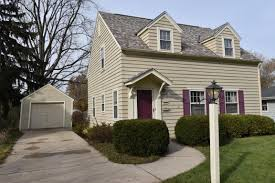 waukesha wi homes with in law suite for sale realty solutions group