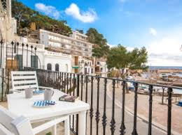 Rent Luxurious Appartement In Llafranc Casa Lola Comfortvilla Places4stay Business Properties For Rent