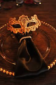Halloween Themed Wedding Decorations by Best 20 Masquerade Wedding Decorations Ideas On Pinterest U2014no