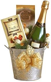 Wine And Chocolate Gift Basket Best 25 Champagne Gift Baskets Ideas On Pinterest Traditional