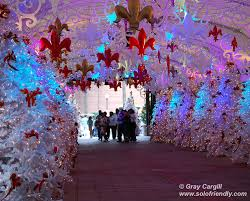 solo travel at christmas new orleans solofriendly com