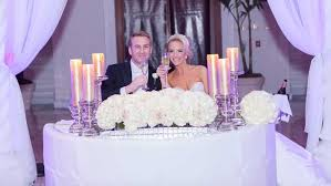 bride and groom sweetheart table romantic wedding with ivory chagne gold palette in florida