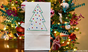 Holiday Crafts For Kids Easy - easy holiday crafts for kids to make before christmas