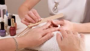 nail technician courses beauty schools near me find
