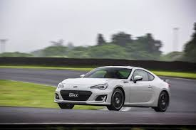 subaru stylish 2017 subaru brz coupe is a beefed up head turner