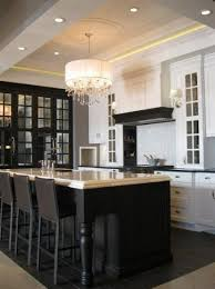 backsplash tile for kitchens small l shaped kitchen with island white vaulted ceiling circle