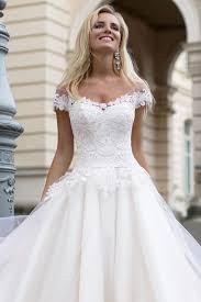 robe de mari e l gante découvrez notre modèle dolce avec un bustier tout en dentelle sa