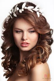 hairstyles for girls with chubby cheeks the bridal hairstyle for round face beauties 7 hairdos gorgeous