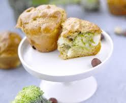 cuisiner le brocolis marmiton cake brocolis feta noisettes recette de cake brocolis feta