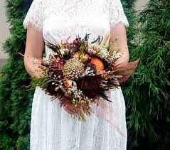 wedding flowers autumn fall sola flowers wedding bouquet chocolate brown bridal