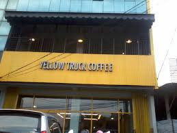 Yellow Truck Coffee kursus autocad di yellow truck coffee zoe cafe margonda