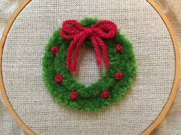feeling stitchy mooshiestitch monday plushwork wreath