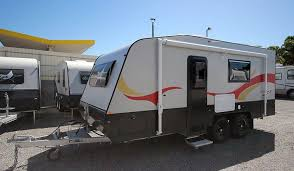 Caravan Retractable Awnings 19ft Full Ensuite Head Unit Retractable Aluminium Step Roll Out