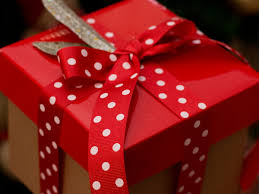 beautiful gifts 8 beautiful christmas wrapping ideas the koch blog